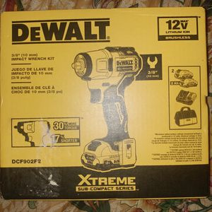XTREME BRUSHLESS 3/8 IN. CORDLESS IMPACT WRENCH KIT for Sale in Mountlake Terrace, WA