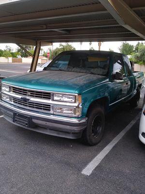 1995 chevy silverado obs NO TITLE 👀 for Sale in Phoenix, AZ