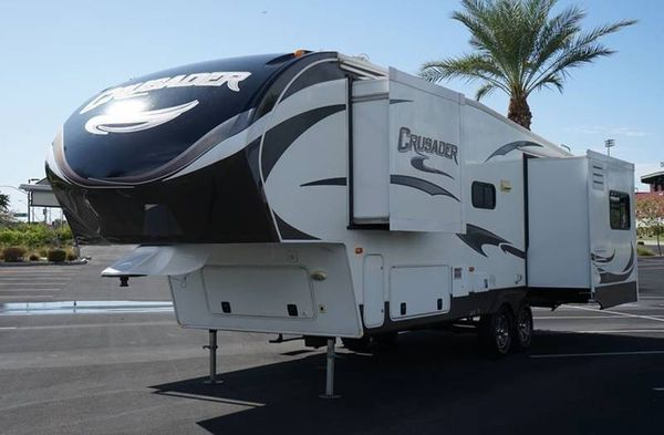 2012 PRIME TIME CRUSADER M-290 RLT - Available - 7 days a week. CALL / TEXT ANYTIME —-5TH WHEELS, TRAVEL TRAILERS, BOATS, ATV'S, MOTOR CYCLES, FINANCE