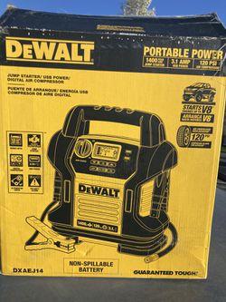 Dewalt 1400 Amp  for Sale in Spokane, WA