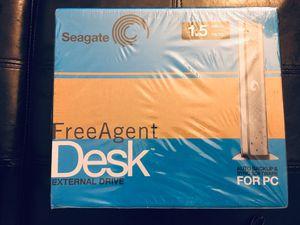 Seagate FreeAgent Desk 1.5 TB External Hard Drive - Silver for Sale in North Chesterfield, VA