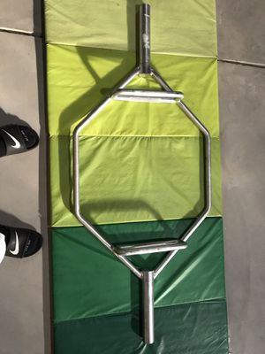 Brand new 55 pound hex bar and 25 pound Olympic curl bar for Sale in Etna, OH