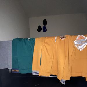 Old Navy hoodie pack for Sale in Milford Mill, MD