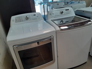 Kenmore elite HE washer steam electric dryer for Sale in Irving, TX