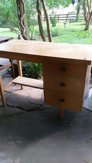 Desks,night stand for Sale in Gaithersburg, MD
