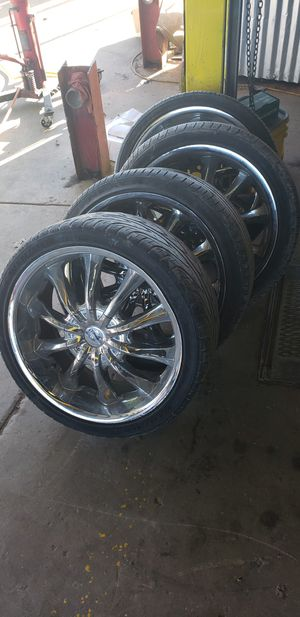 """20"" versante 207 chrome rims for Sale in San Antonio, TX"