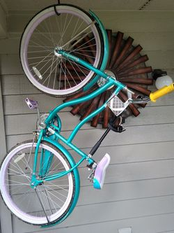 Cruiser Bike With Dog Lead Attachment for Sale in Federal Way,  WA