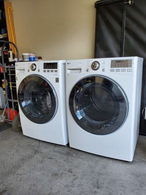 LG washer and dryer for Sale in Las Vegas, NV