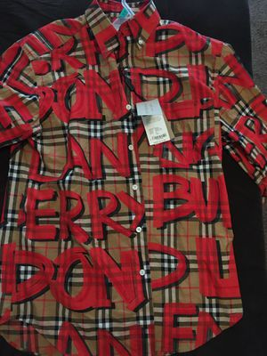 BURBERRY SHIRT for Sale in Miami Gardens, FL