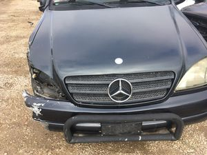 00 Mercedes benz ML 320 parts for Sale in Dallas, TX