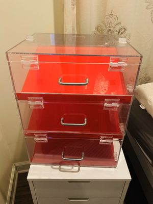 Acrylic display case for Sale in Kansas City, MO