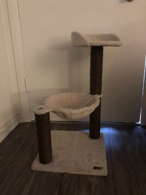 Cat stand for Sale in Whittier, CA