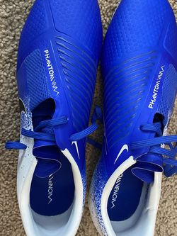 Nike Men's Soccer Cleats - 9.5 for Sale in Galena,  OH