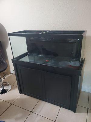Fish tank 75 gallon for Sale in Miami, FL