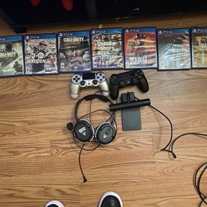 PlayStation 4 Games, Hard drive 2tb, Turtle Beach Headset for Sale in Tampa, FL