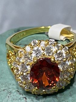 18k Gold Filled Ring With CZ Garnet And Multiple Clear CZ Stones Size 9 for Sale in Nashville,  TN