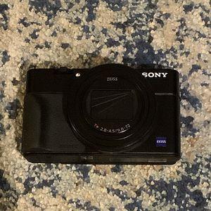 Sony RX100 VII LNIB for Sale in San Diego, CA