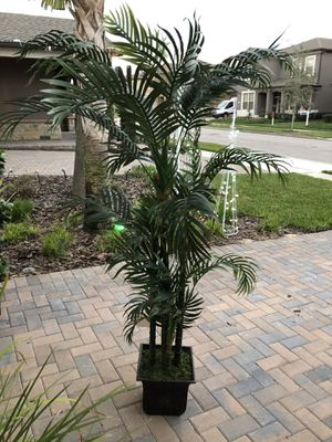 Fake indoor palm tree/plant for Sale in Winter Garden, FL