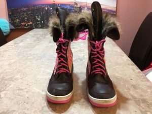 Size 7 Girls Boots for Sale in Aurora, CO