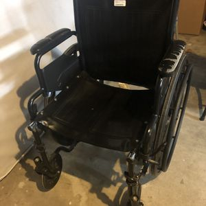 Wheel Chair FREE for Sale in Fort Worth, TX