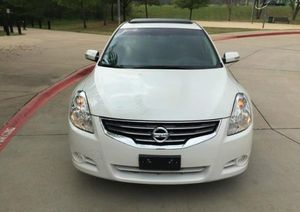 VERY CLEAN 2010 Nissan Maxima FWDWheelss for Sale in St. Louis, MO