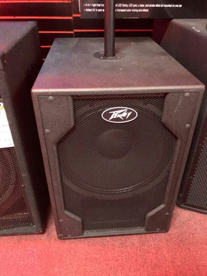 Peavey pvxp sub on sale today for 599 each for Sale in Downey, CA