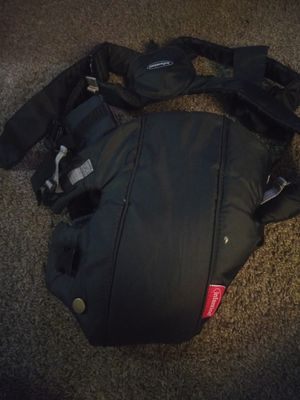 Infantino baby carrier for Sale in Dearborn Heights, MI