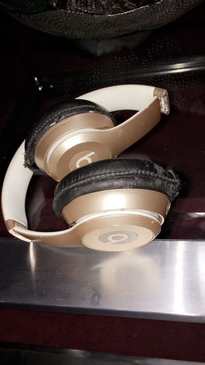 Beats solo Bluetooth headphones for Sale in Port Richey, FL