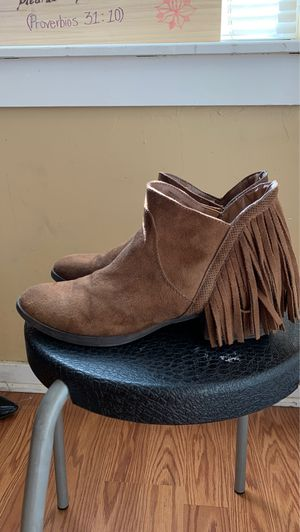 Cowgirl Fringe boots for Sale in Sacramento, CA