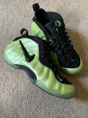 Nike foamposite pro electric green for Sale in Woodbridge, VA