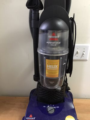 Bagless Bissell helix Powerforce vacuum cleaner in great working condition,, barely used, cleaned and ready to , $25 for Sale in Nashville, TN