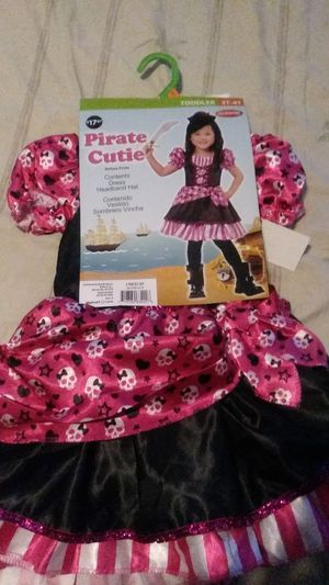 Halloween costume: 3t-4t toddlers pirate cutie for Sale in Lorain, OH