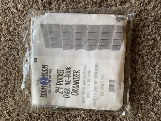 24 pocket over the door organizer for Sale in Peoria,  IL