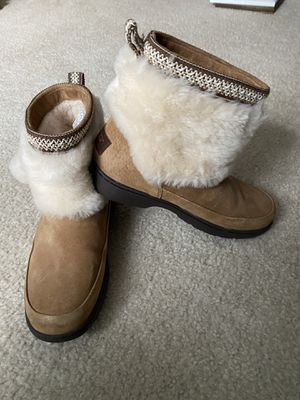 Ugg boots for Sale in Plainfield, IL