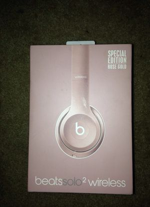 beats solo 2 wireless brand new ROSE GOLD for Sale in North Potomac, MD