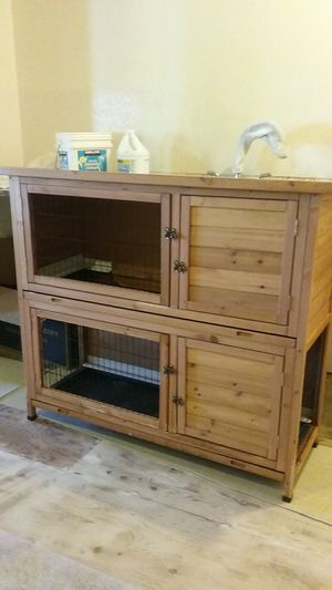 """""""Good Life"""" small animal hutch for Sale in Stanwood, WA"""