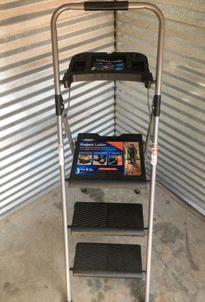 9' Step Ladder for Sale in Decatur, GA