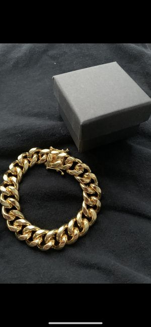 14k gold 12mm cuban bracelet new for Sale in Tampa, FL