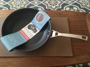 "Brand new 12"" Circulon non stick pan for Sale in Gardena, CA"