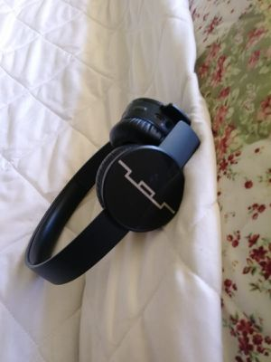 SOL REPUBLIC Tracks Air Wireless On-Ear Headphones, Gunmetal $60 for Sale in Gardena, CA