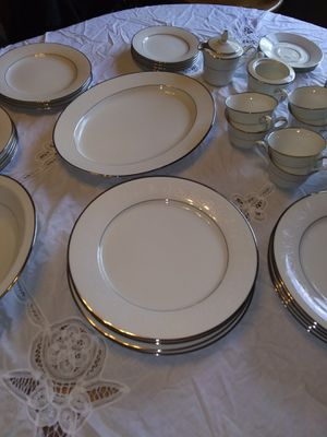 Noritake vintage dishes setting for 8 for Sale in Martinsville, IN