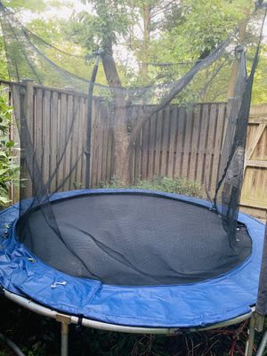Trampoline 8' x 8p' for Sale in Columbia, MD