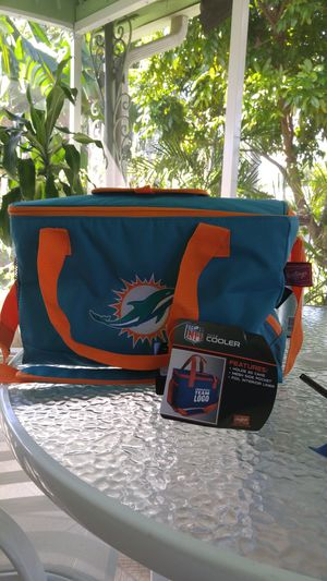 Brand New GENUINE DOLPHIN 30 can cooler for Sale in Hollywood, FL