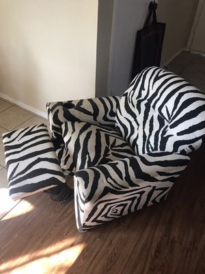 Kids chair for Sale in Farmers Branch, TX