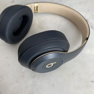 Beats By Dre Studio Wireless 3 Headphones Authentic No Bs for Sale in Dana Point, CA