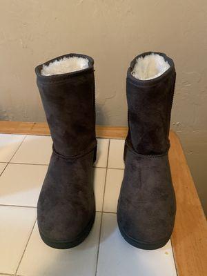 Kids Size 6 Dawgs Boots for Sale in San Bernardino, CA