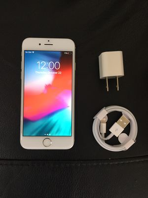 iPhone 6 128gb UNLOCKED for Sale in Delray Beach, FL