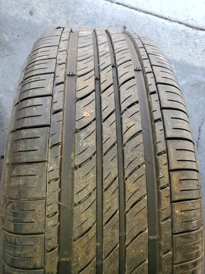 Michelin Tire just one 235/65/17 for Sale in Lynwood, CA