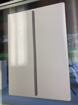 iPad 7th Gen 32gb WiFi brand new sealed for Sale in Plantation, FL