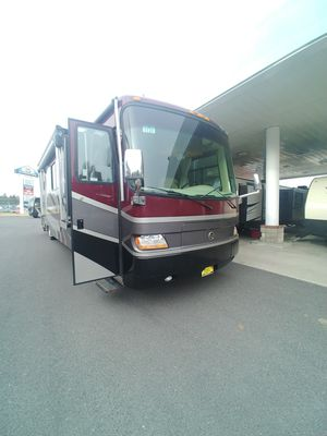 2003 Holiday Rambler Imperial. Low miles , beautiful coach ,runs great. for Sale in Spokane, WA